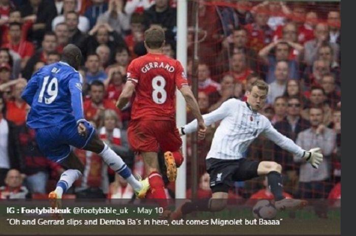 Mantan striker Chelsea, Demba Ba yang mengaku shalat dan Al Quran bagian besar dalam hidupnya.