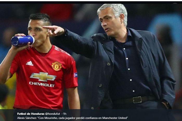 Jose Mourinho dan Alexis Sanchez saat masih di Manchester United.