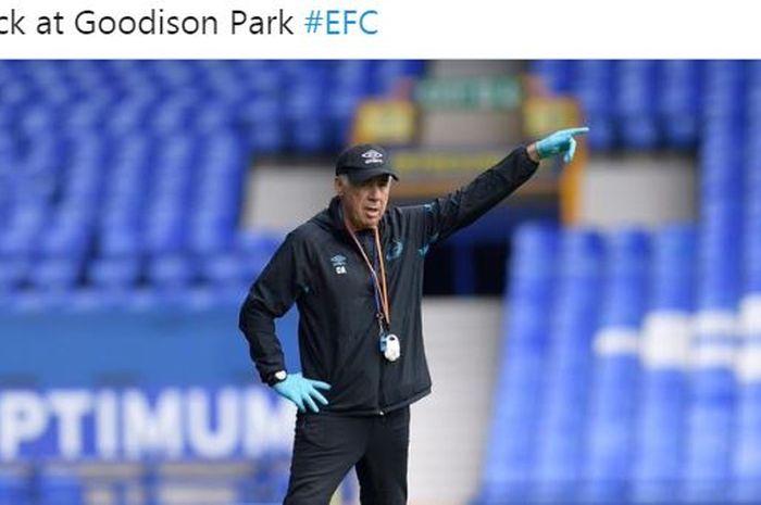 Pelatih Everton, Carlo Ancelotti.