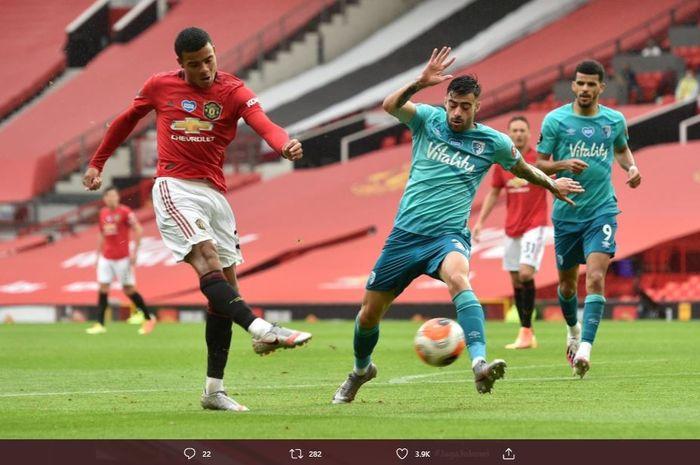 Mason Greenwood saat mencetak gol keduanya dalam laga Manchester United vs Bournemouth, Sabtu (4/7/2020).