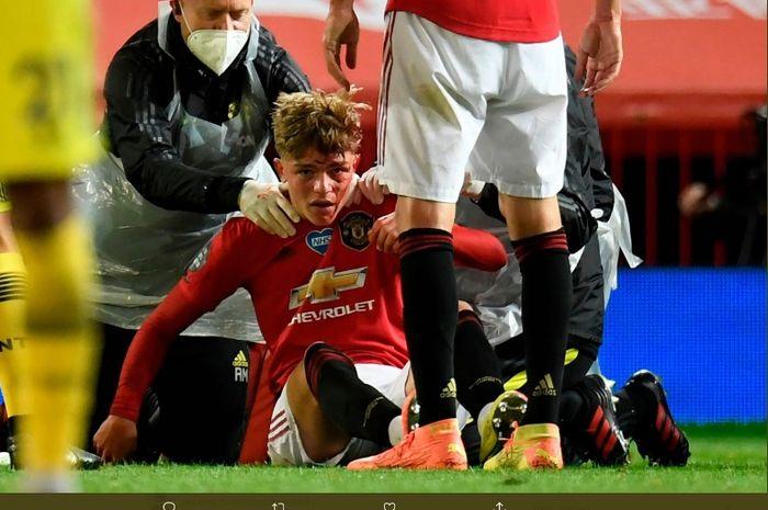 Bek Manchester United, Brandon Williams, mengalami cedera saat melawan Southampton pada Senin (13/7/2020).