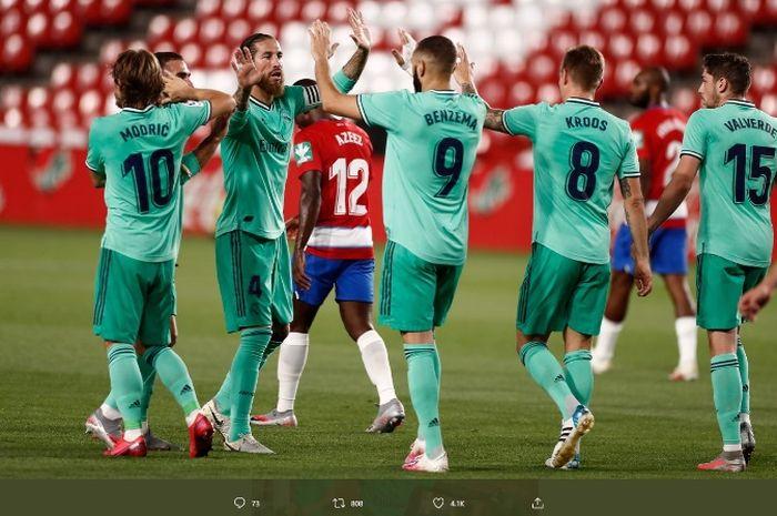 Real Madrid sukses mengalahka Granada 2-1 pada Senin (13/7/2020).
