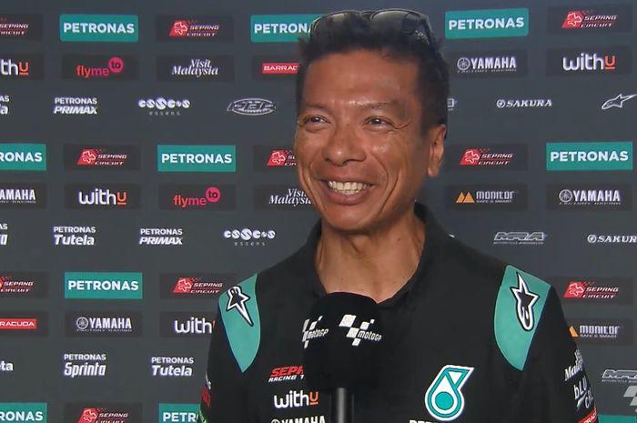 Kepala Tim Petronas Yamaha SRT, Razlan Razali, ketika melakukan wawancara dengan MotoGP.