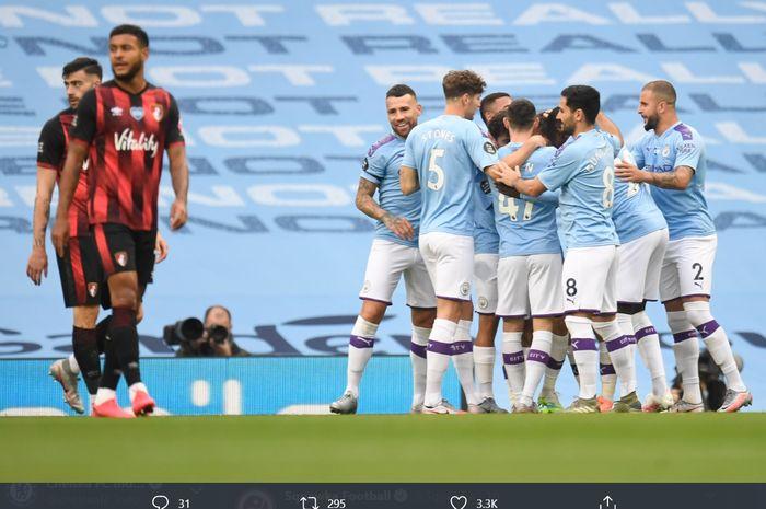 Para pemain Manchester City merayakan gol yang dilesakkan oleh David Silva ke gawang Bournemouth di laga pekan ke-36 Liga Inggris, Rabu (15/7/2020) atau Kamis dini hari WIB.