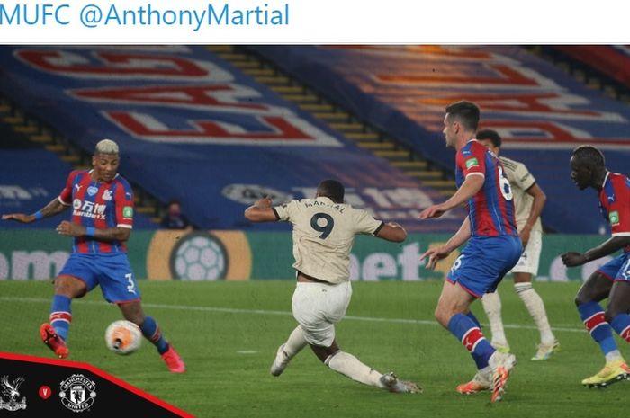Striker Manchester United, Anthony Martial, berhasil menyamakan mencetak gol ke gawang Crystal Palace pada laga pekan ke-36, Kamis (16/7/2020) waktu setempat.