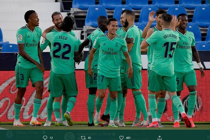 Para pemain Real madrid menyambut Sergio Ramos yang mampu membobol gawang Leganes pada laga terakhir Liga Spanyol 2019-2020.