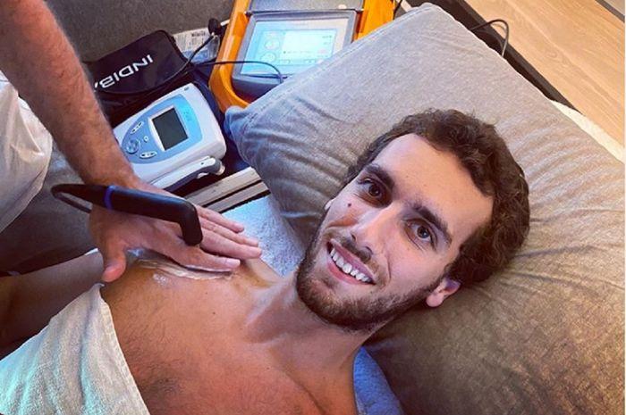 Pebalap Suzuki Ecstar Alex Rins terus menjalani perawatan intensif agar bisa tampil di MotoGP Andalusia 2020.