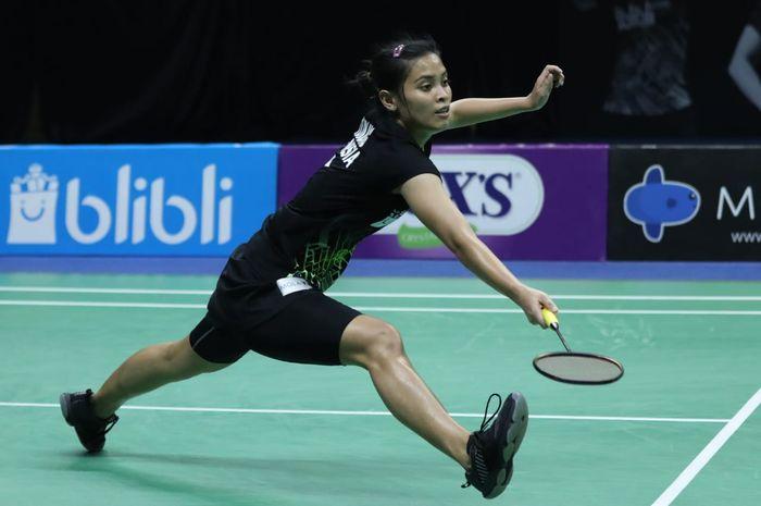 Pemain tunggal putri nasional Indonesia, Gregoria Mariska Tunjung, saat bertanding melawan Saifi Rizka Nur Hidayah pada laga semifinal PBSI Home Tournament di Hall Pelatnas PBSI, Cipayung, Jakarta Timur, Jumat (24/7/2020).