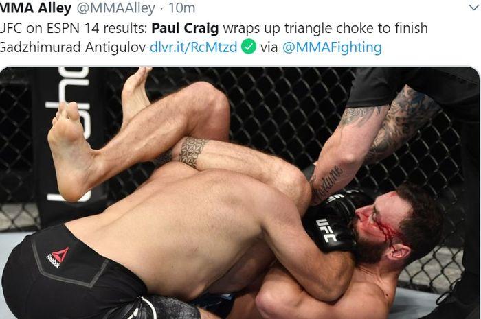 Paul Craig, menyelesaikan lawannya dengan kuncian triangle choke di UFC on ESPN, Minggu (26/7/2020) di Fight Island, Abu Dhabi.