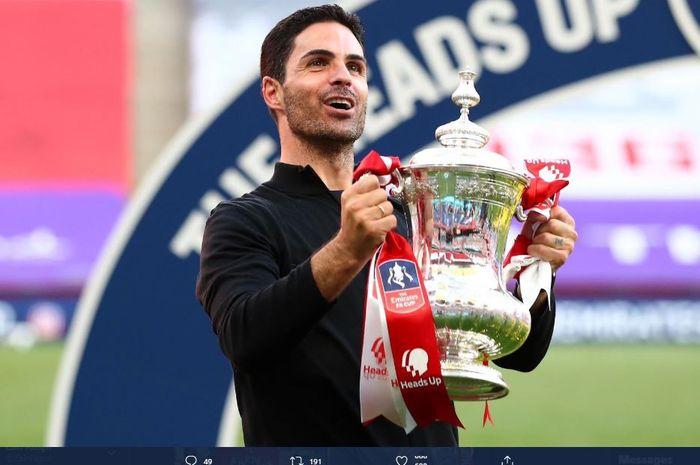 Mikel Arteta berhasil mengantarkan Arsenal menjadi juara Piala FA 2019-2020.