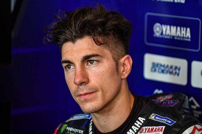 Pembalap Monster Energy Yamaha, Maverick Vinales, di garasi yamaha pada balapan MotoGP Republik Ceska di Sirkuit Brno.