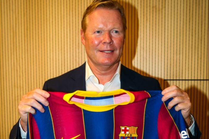 Ronald Koeman, diperkenalkan sebagai pelatih Barcelona.