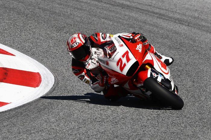 Aksi pembalap Idemitsu Honda Team Asia, Andi Farid Izdihar, pada sesi latihan bebas Moto2 Styria di Red Bull Ring, Austria, 21 Agustus 2020.