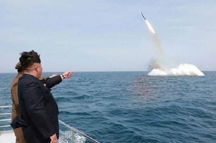 Kim Jong Un Benar-benar Mulai Perang Dunia, Kini Luncurkan Rudal Tepat ke  Wilayah Jepang Hingga Buat AS Meradang! - Sosok