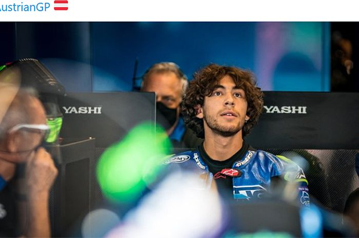 Pembalap Italtrans Racing, Enea Bastianini, di sela-sela sesi latihan bebas Moto2 Austria di Red Bull Ring, Austria, 14 Agustus 2020.