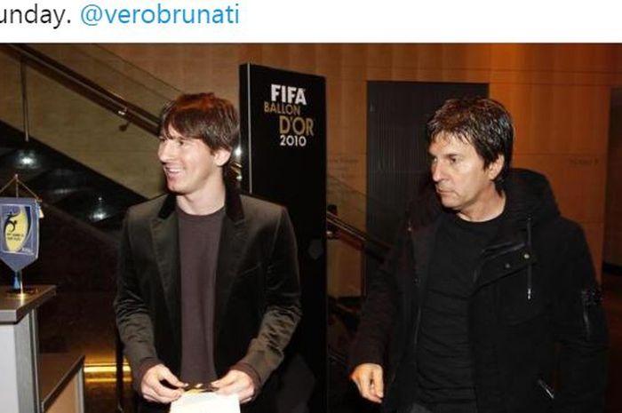 Megabintang Barcelona, Lionel Messi, berdampingan dengan sang ayah, Jorge Messi.