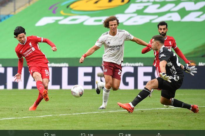 Takumi Minamino mencetak gol penyeimbang bagi Liverpool pada laga Community Shield di Stadion Wembley, Sabtu (29/8/2020).
