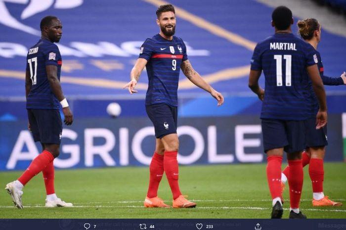 Penyerang timnas Prancis, Olivier Giroud, merayakan gol ke gawang Kroasia dalam ajang UEFA Nations League, Selasa (8/9/2020).