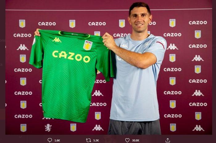 Emiliano Martinez resmi direkrut Aston Villa dari Arsenal.