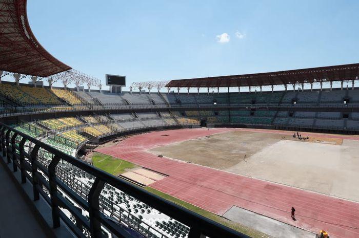 Pemkot Surabaya berencana menaikkan harga sewa Stadion Gelora Bung Tomo.