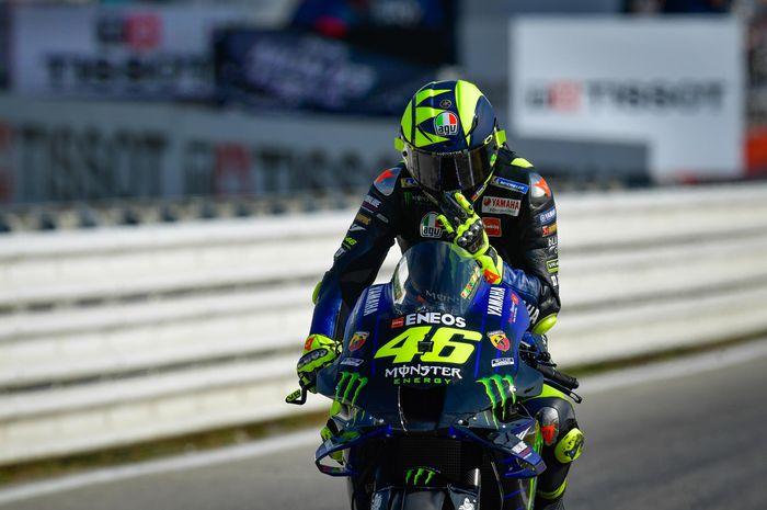 Valentino Rossi terlempar dari posisi 10 besar di hari pertama (FP1 dan FP2) MotoGP Emilia Romagna 2020, Jumat (18/9)