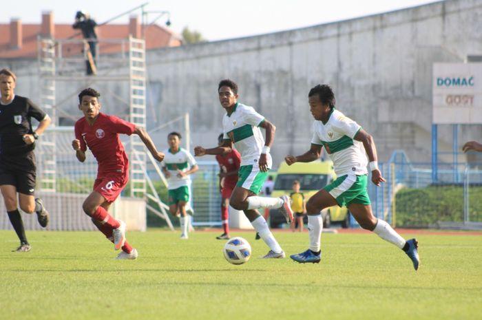 Aksi Mochammad Supriadi dalam kemenangan 2-1 timnas U-19 Indonesia atas Qatar di Kroasia, Kamis (17/9/2020).