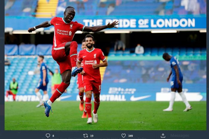 Sadio Mane merayakan golnya dalam laga Chelsea vs Liverpool di Stamford Bridge, 20 September 2020.
