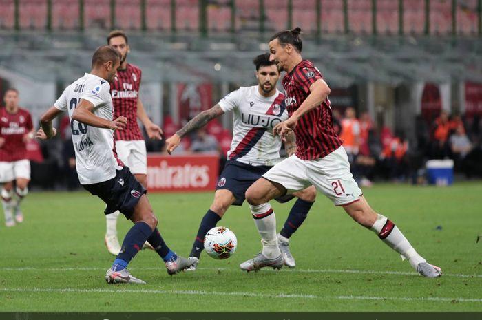 Duel antara AC Milan dan Bologna yang berlangsung di San Siro pada laga Liga Italia musim 2019-2020.