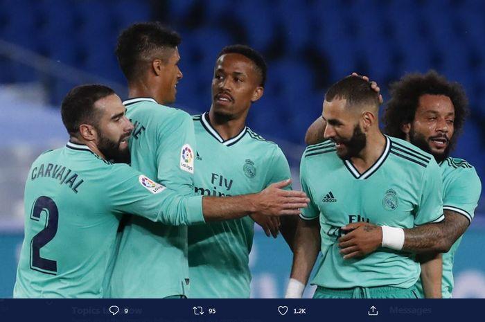 Para pemain Real Madrid saat merayakan gol mereka ke gawang Real Sociedad pada LaLiga 2019-2020.