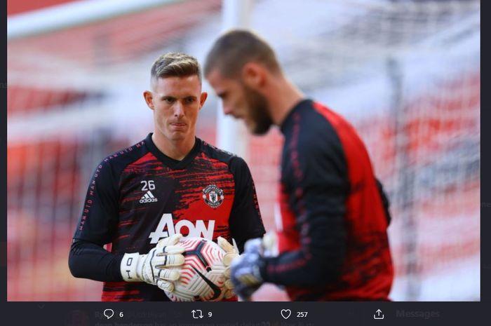 Dean Henderson dan David de Gea dalam sesi latihan Manchester United.