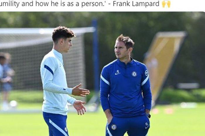 Pelatih Chelsea, Frank Lampard, berbicara dengan Kai Havertz.