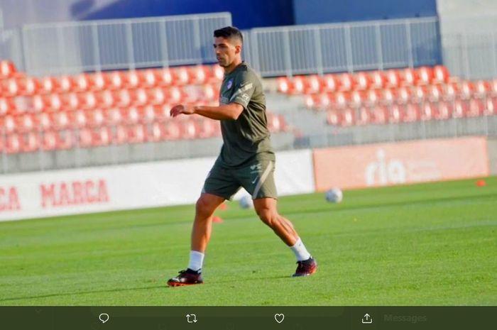 Luis Suarez menjalani latihan di Atletico Madrid.