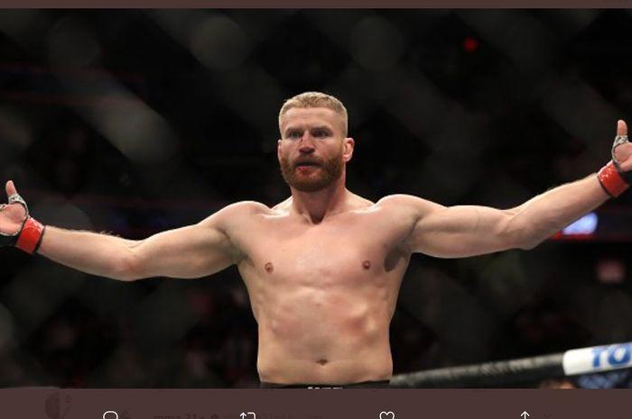 Jan Blachowicz, juara baru kelas berat ringan UFC.
