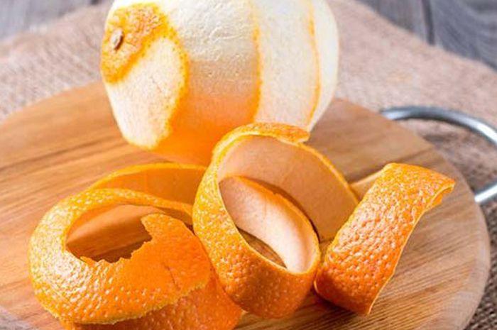 Coba letakkan kulit jeruk pada masakan anda dan lihat hasilnya