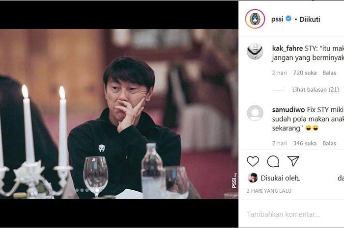 Raut wajah cemberut Shin Tae-yong yang jadi bahan bercanda netizen.