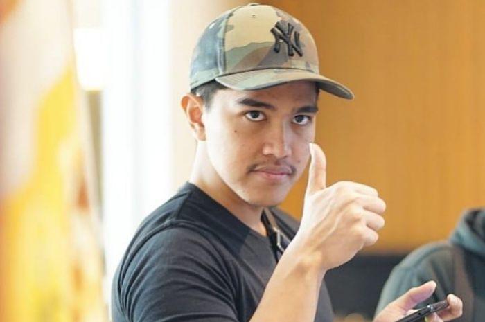 Pamer Mobil Mewah Lewat Video TikTok, Kaesang Pangarep Justru Undang Respon Tak Terduga nan Lucu Netizen: Anak Jokowi Doang yang Begini!