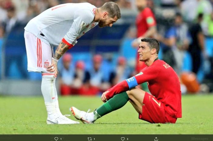 Sergio Ramos dan Cristiano Ronaldo dalam sebuah laga Portugal vs Spanyol.