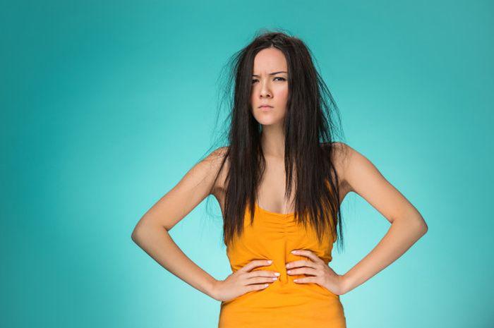 Rambut bercabang bisa diatasi dengan putih telur