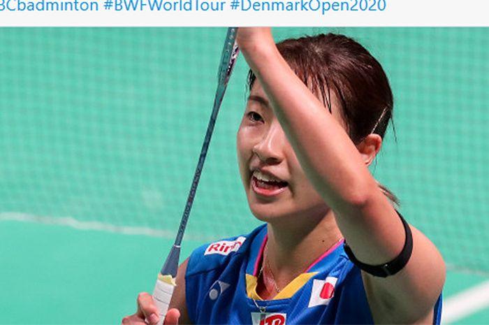 Pebulu tangkis Jepang, Nozomi Okuhara, menjadi juara Denmark Open 2020 setelah mengalahkan Carolina Marin (Spanyol) pada partai final di Odense Sports Park, Denmark, 18 Oktober 2020.