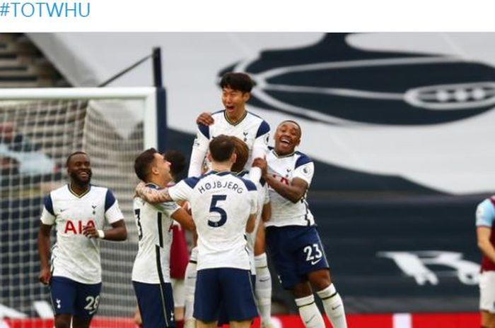 Penyerang Tottenham Hotspur, Gareth Bale, mengukir sejarah aneh di Liga Inggris, sekaligus membuat timnya hancur lebur dalam 13 menit melawan West Ham United, Minggu (18/10/2020).
