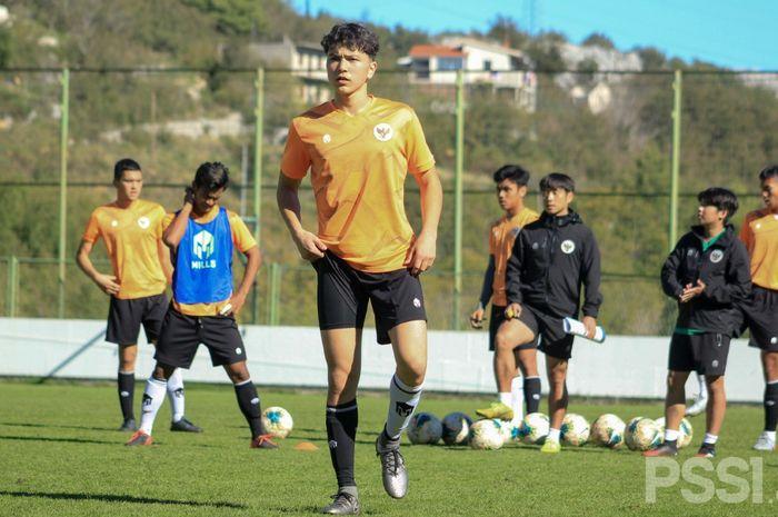 Amunisi Baru Timnas U-19 Indonesia, Luah Fynn Jeremy Mahesa, sudah mengikuti latihan bersama skuat Garuda muda di Kroasia.