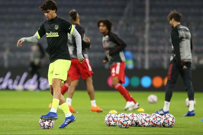 Penyerang Atletico Madrid, Joao Felix, sebelum laga melawan Bayern Muenchen pada Rabu (21/10/2020).