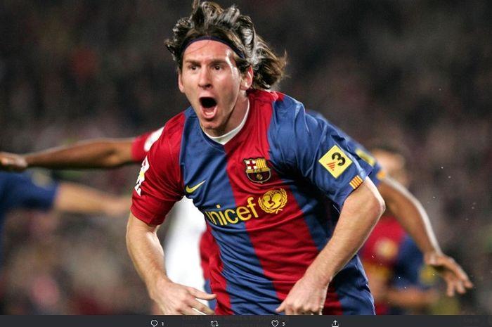 Megabintang Barcelona, Lionel Messi, dalam laga melawan Real Madrid pada 10 Maret 2007.