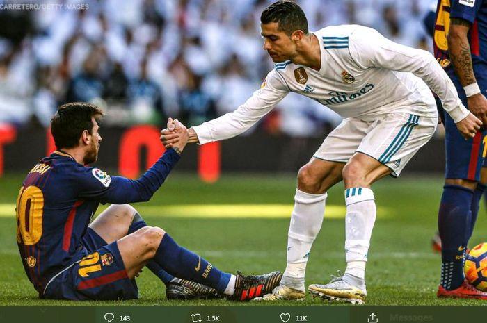 Cristiano Ronaldo menolong Lionel Messi dalam momen partai el clasico antara Real Madrid dan Barcelona.