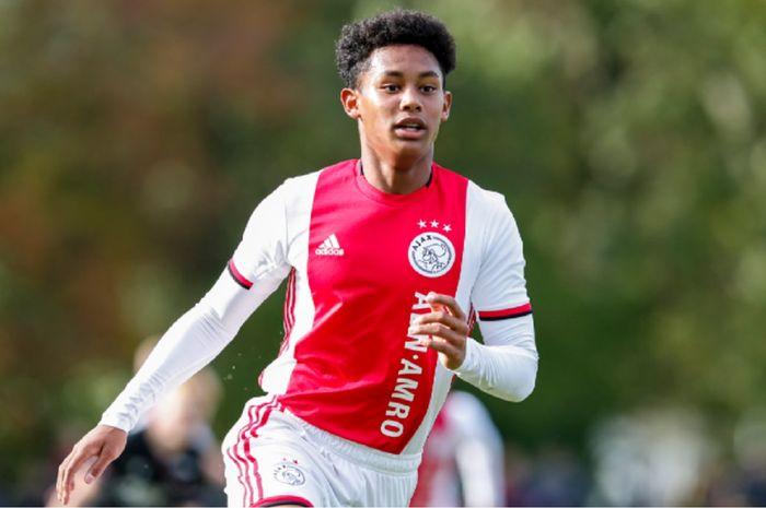 Striker Ajac U-16 Noah Gesser bisa menjadi pilihan untuk memperkuat Timnas U-16 Indonesia.