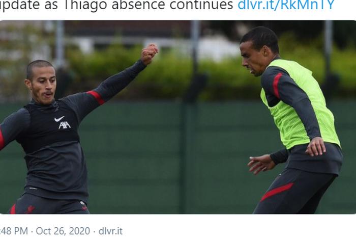 Thiago Alcantara (kiri) dan Joel Matip saat mengikuti sesi latihan Liverpool.
