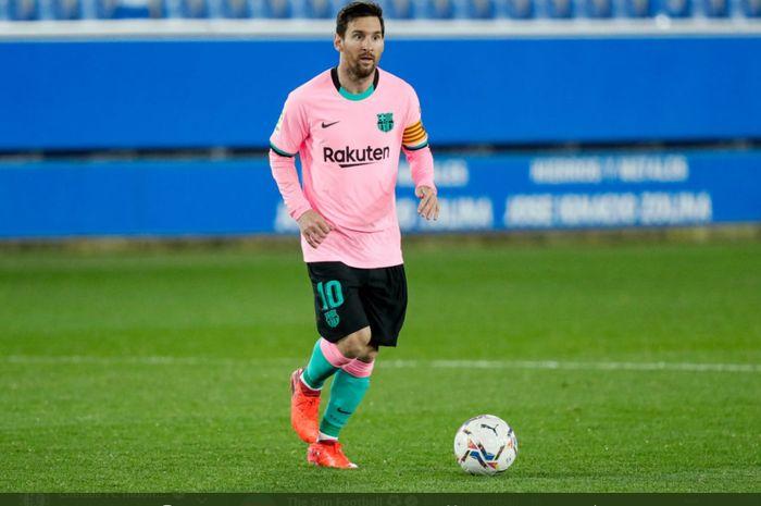 Striker dan kapten Barcelona Lionel Messi masih dikatakan menjadi target serius Manchester City dan akan ditandatangani sebelum dia pada Januari 2021.