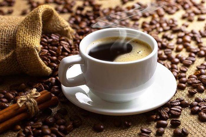Meskipun rasanya sedikit pahit, banyak orang menyukai kopi hitam dan dijadikan sebagai bagian dari sarapan.