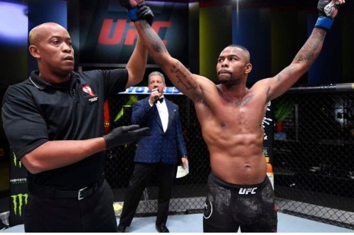 Petarung UFC, Khaos Williams.