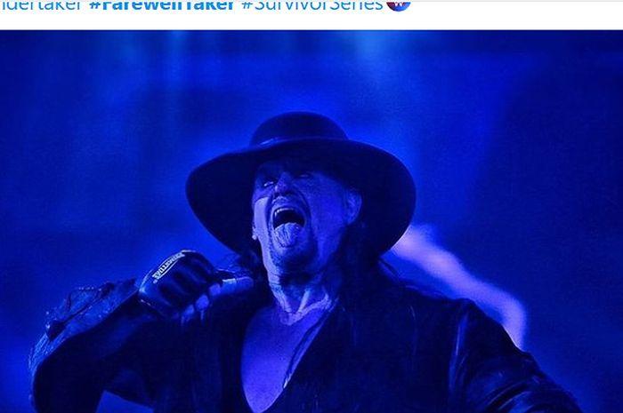 Pegulat legendaris, The Undertaker, menyatakan pensiun dalam seremoni perpisahannya pada WWE Survivor Series, Minggu (22/11/2020).